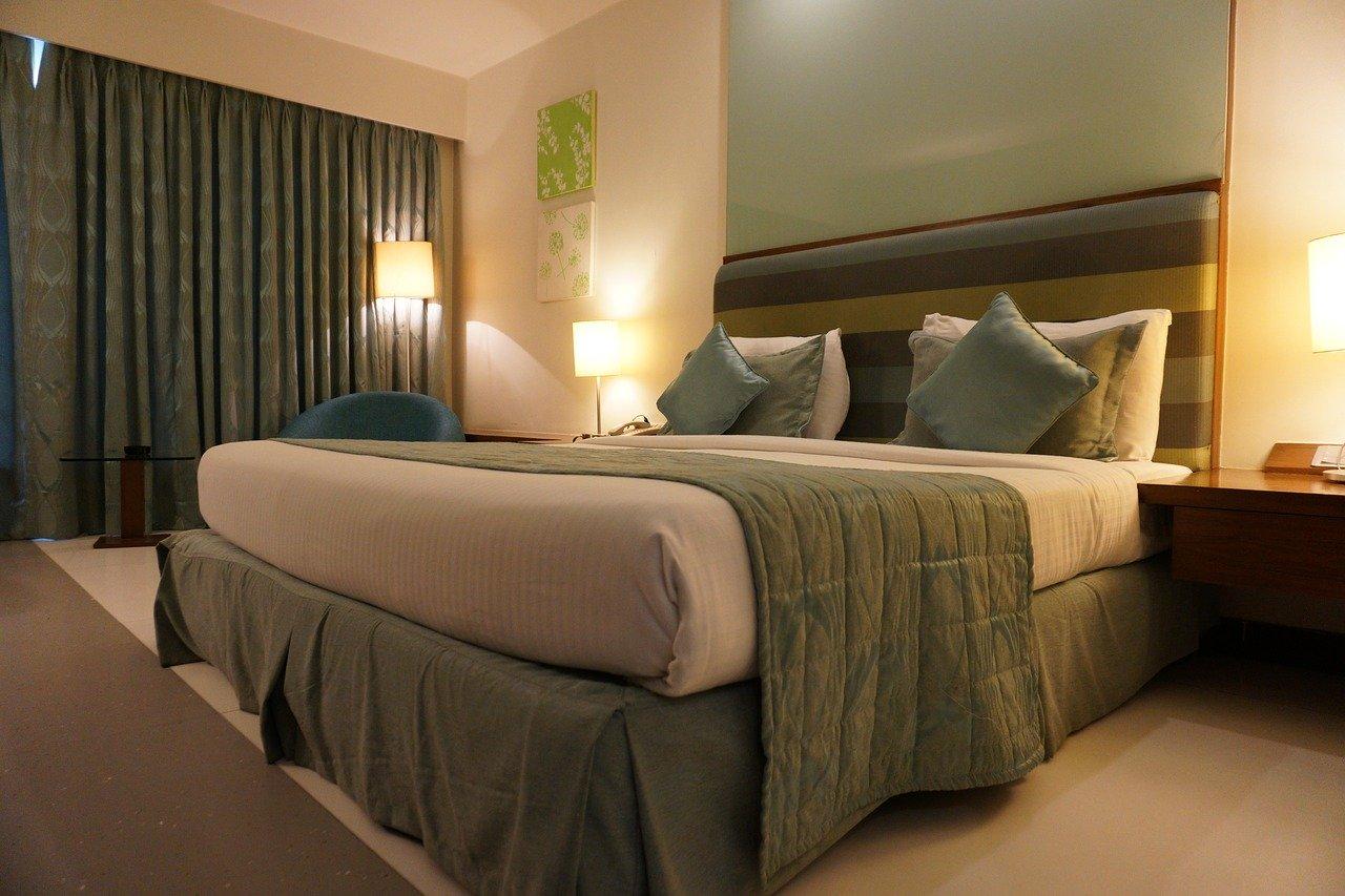 OLED hotels 1